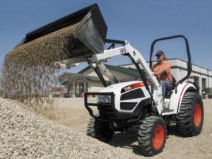 Фото: трактор бобкат